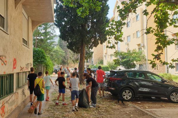 Bulevar prijateljstva: Volonteri čistili Mostar