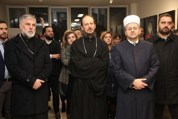 Sveštenici Eparhije zahumsko-hercegovačke i primorske SPC potpisuju Plan provedbe Platforme za mir