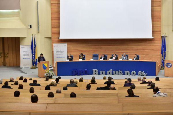 Šest političkih stranaka u BiH potpisale Platformu za mir